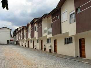 Sobrado de Condomínio, código 4061 em Guararema, bairro Centro