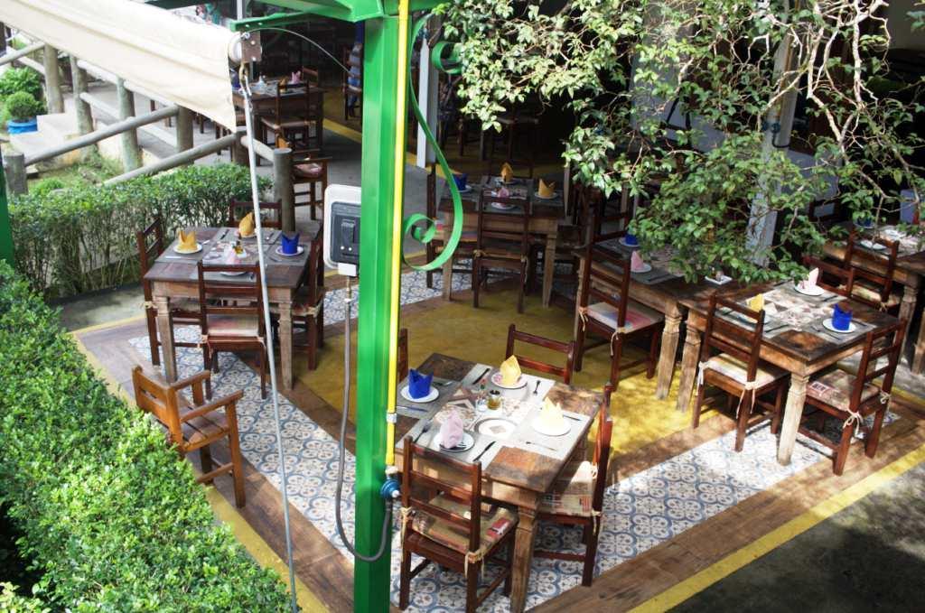 Casa Comercial em Guararema, no bairro Centro da Freguesia da Escada