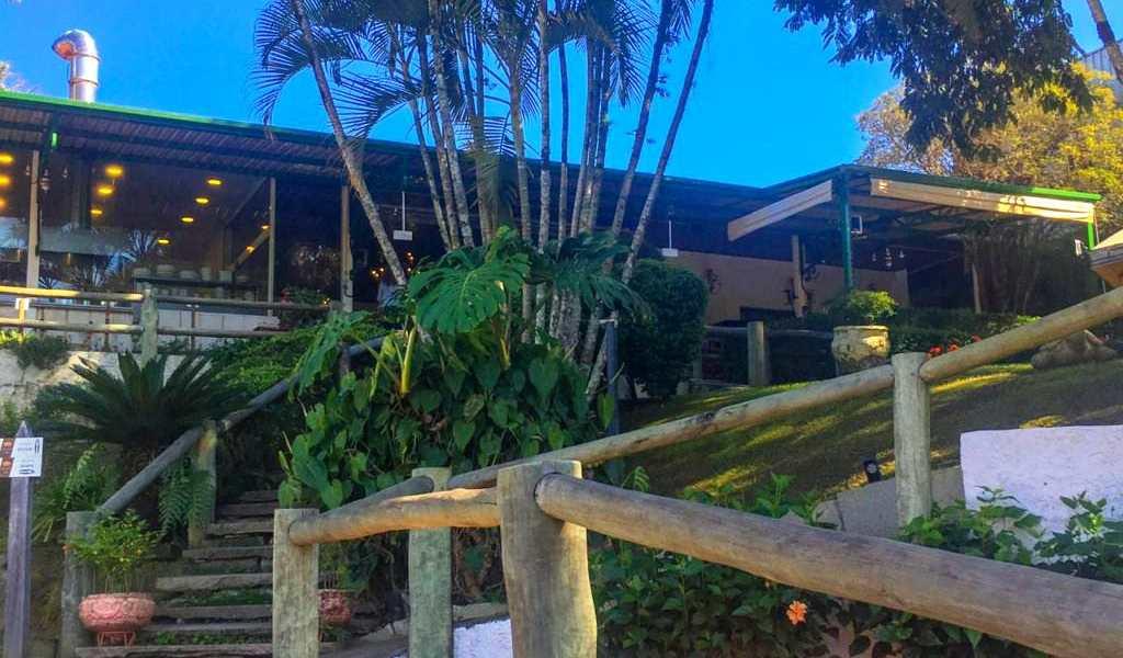 Casa Comercial em Guararema, bairro Centro da Freguesia da Escada