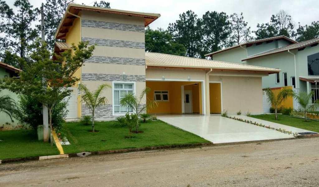 Casa de Condomínio em Guararema, bairro Residencial Ponte de Pedra