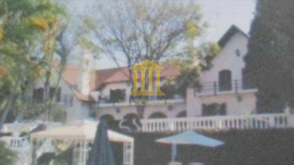 Casa em Jaguariúna, no bairro Centro