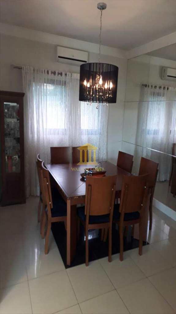 Casa de Condomínio em Valinhos, no bairro Chácaras São Bento