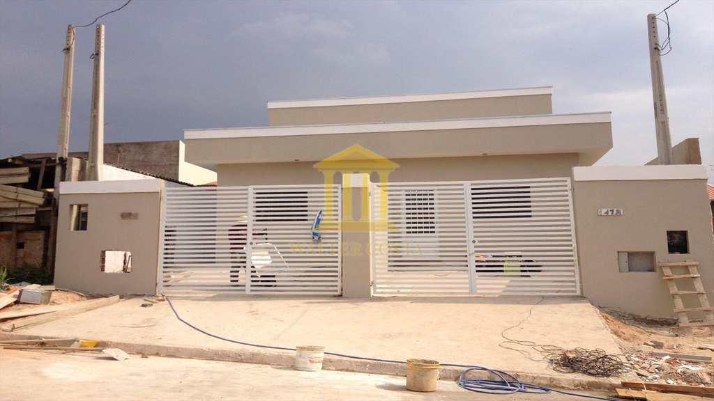 Casa em Paulínia, no bairro Parque Bom Retiro