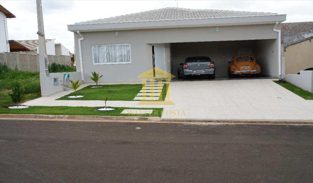 Casa de Condomínio em Paulínia, bairro Jardim Planalto