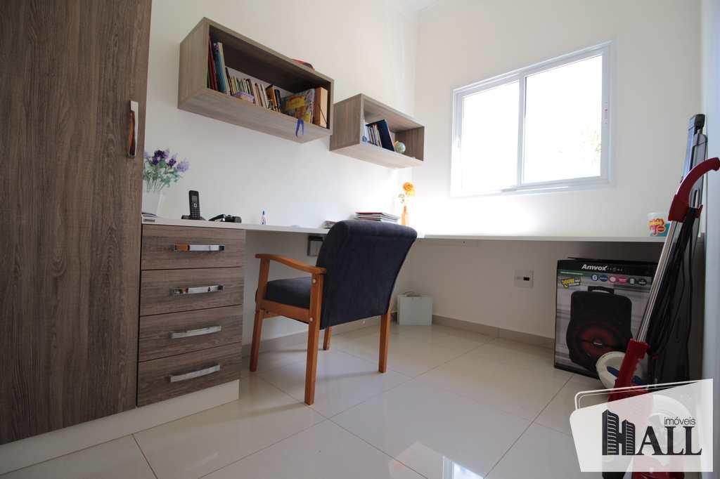 Casa de Condomínio em Mirassol, no bairro Condomínio Golden Park Residence
