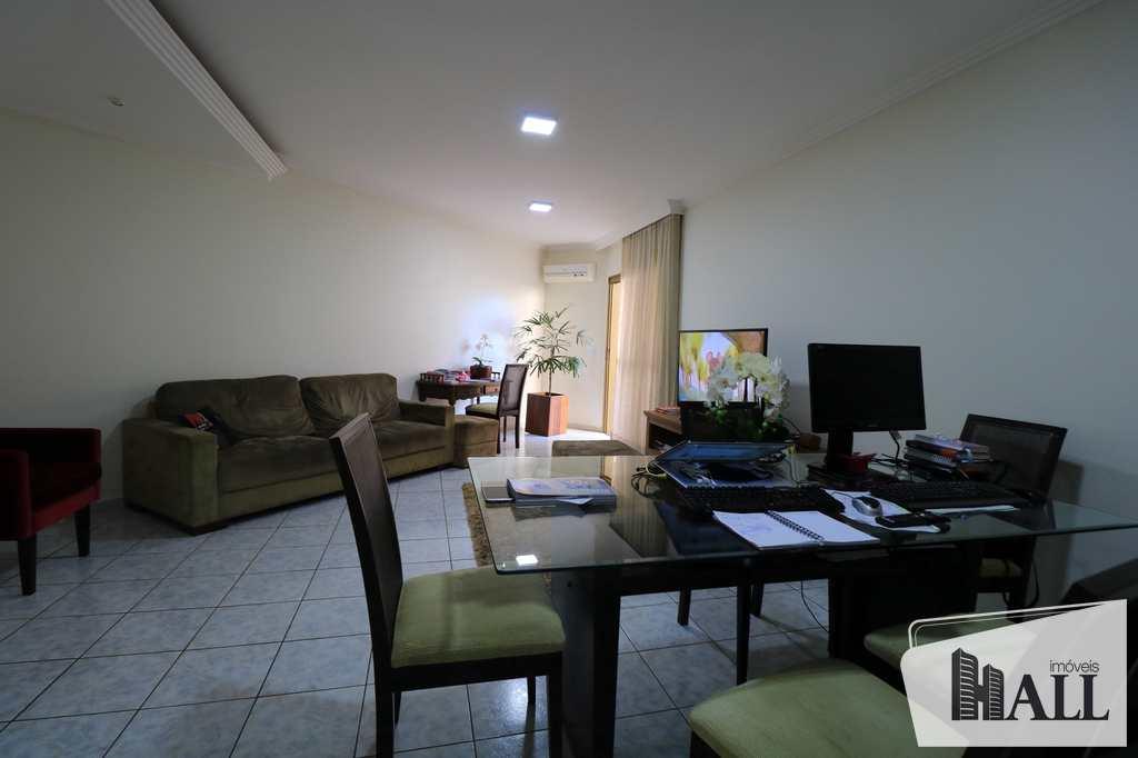 Apartamento em São José do Rio Preto, no bairro Jardim Ouro Verde