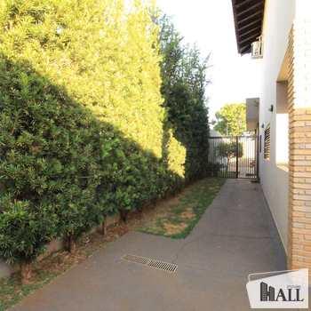 Sobrado em São José do Rio Preto, bairro Jardim Moysés Miguel Haddad