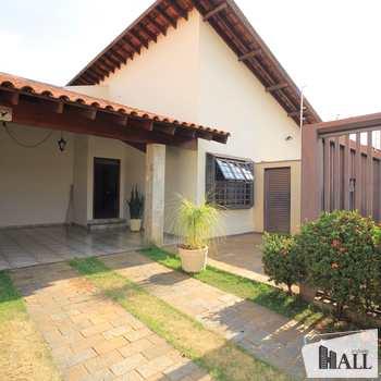 Casa em São José do Rio Preto, bairro Universitário