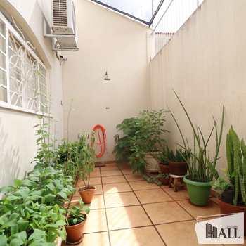 Casa em São José do Rio Preto, bairro Jardim América