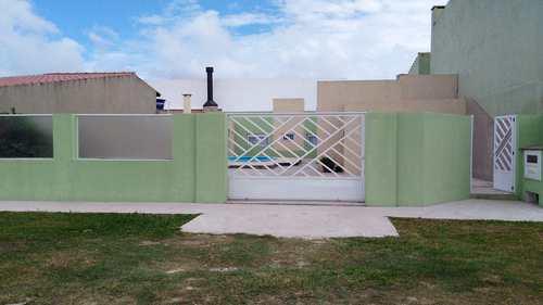 Casa, código 280 em Rio Grande, bairro Cassino