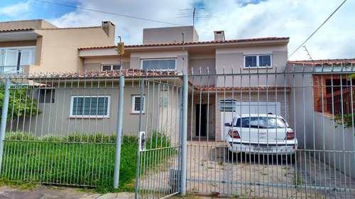 Casa, código 598 em Pelotas, bairro Centro