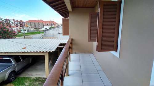 Casa, código 220C em Rio Grande, bairro Cassino