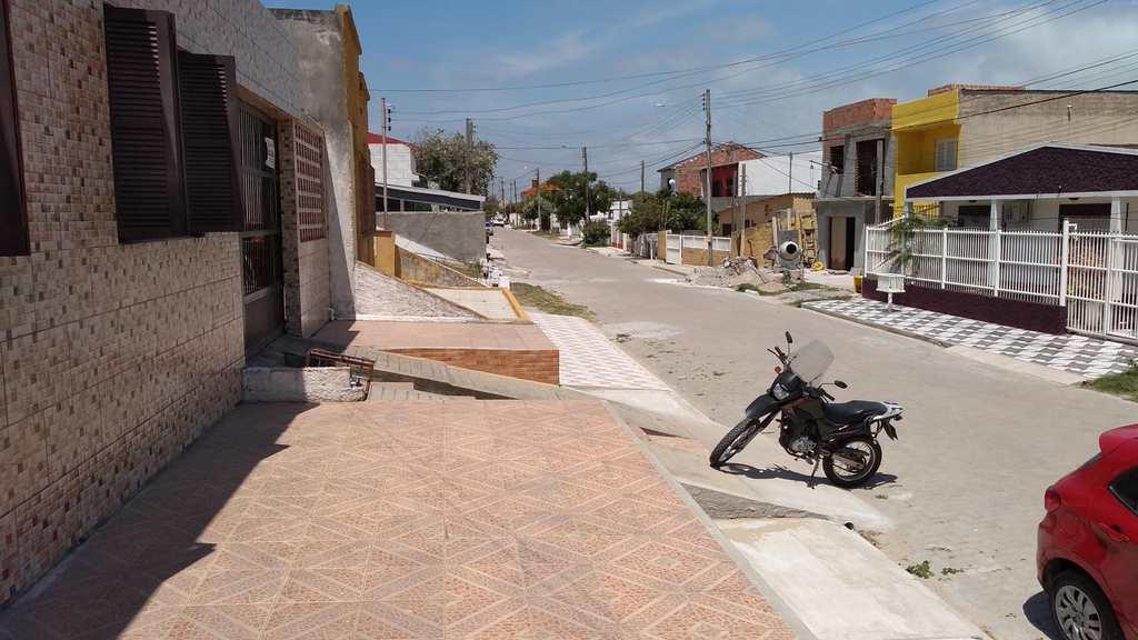 Casa em Rio Grande, bairro Cassino