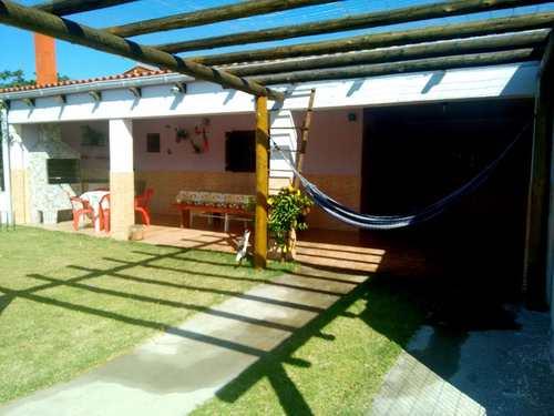 Casa, código 2215 em Rio Grande, bairro Cassino