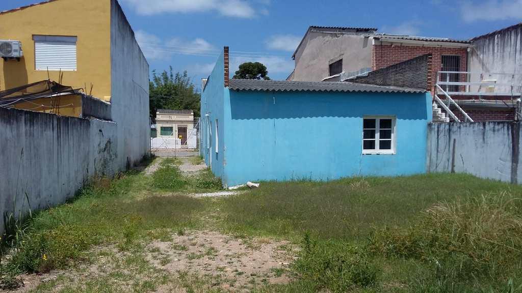 Casa em Pelotas, no bairro Fragata