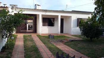 Casa, código 087 em Rio Grande, bairro Cassino