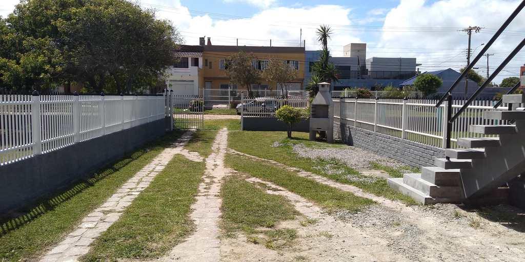 Sobrado em Rio Grande, no bairro Cassino