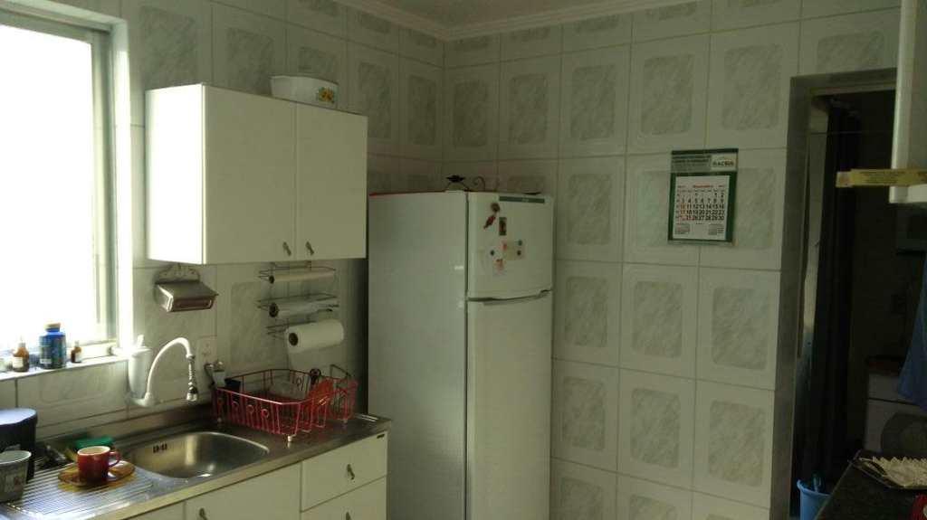 Apartamento em Pelotas, bairro Centro
