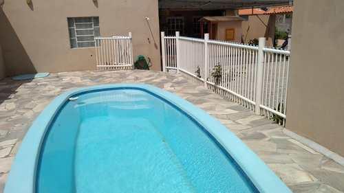 Casa, código 298 em Rio Grande, bairro Bolaxa