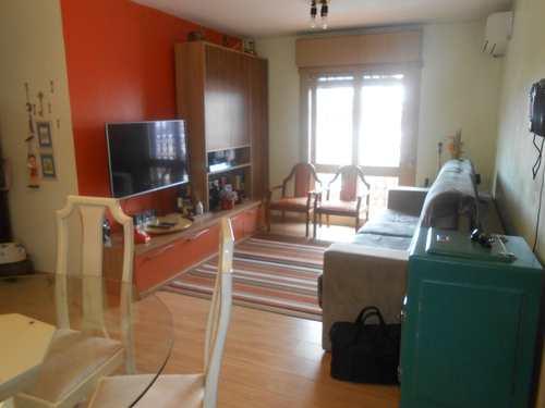 Apartamento, código 252 em Pelotas, bairro Centro