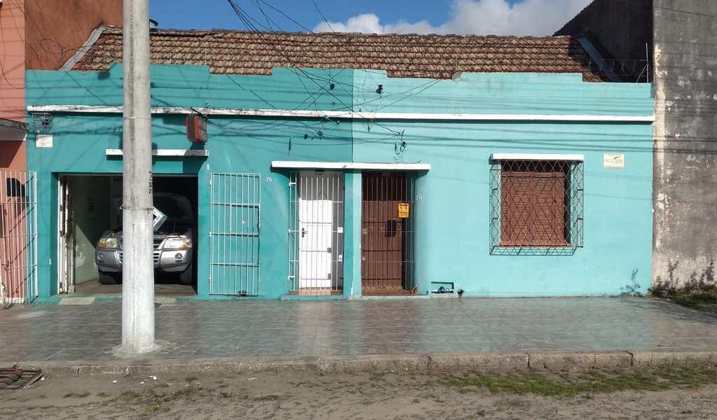 Casa em Pelotas, bairro Fragata