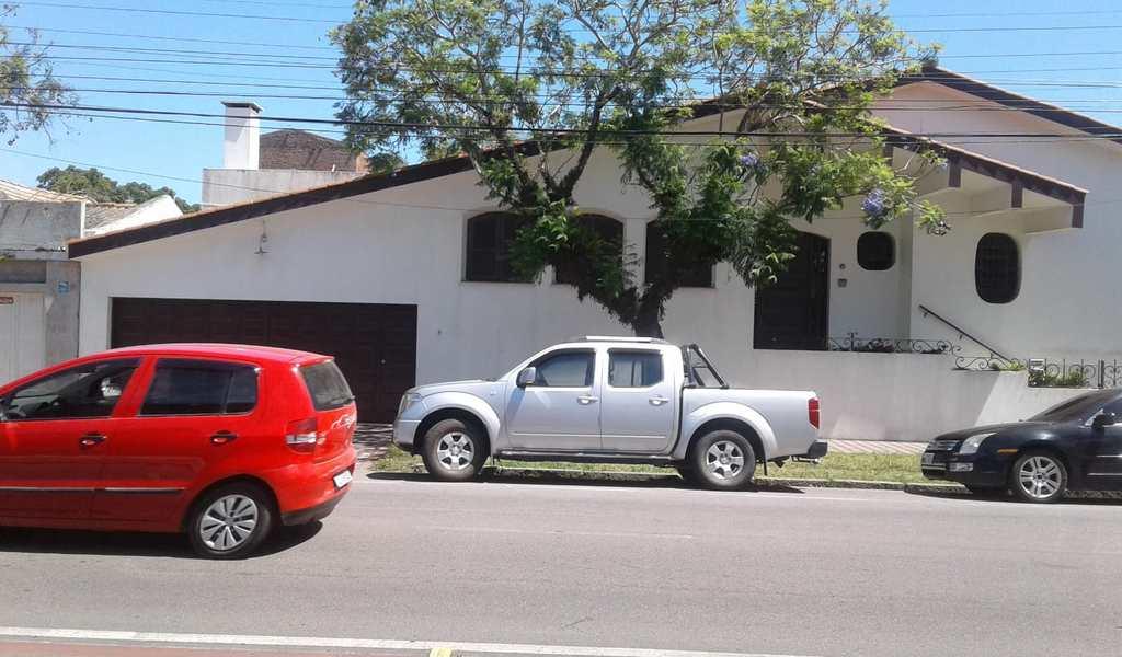 Casa Comercial em Rio Grande, bairro Cidade Nova