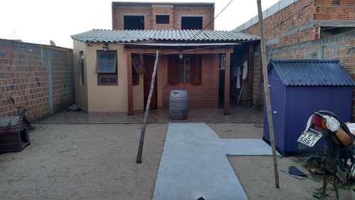 Casa, código 027 em Pelotas, bairro Fragata