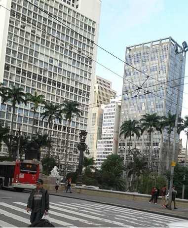 Conjunto Comercial em São Paulo, bairro República