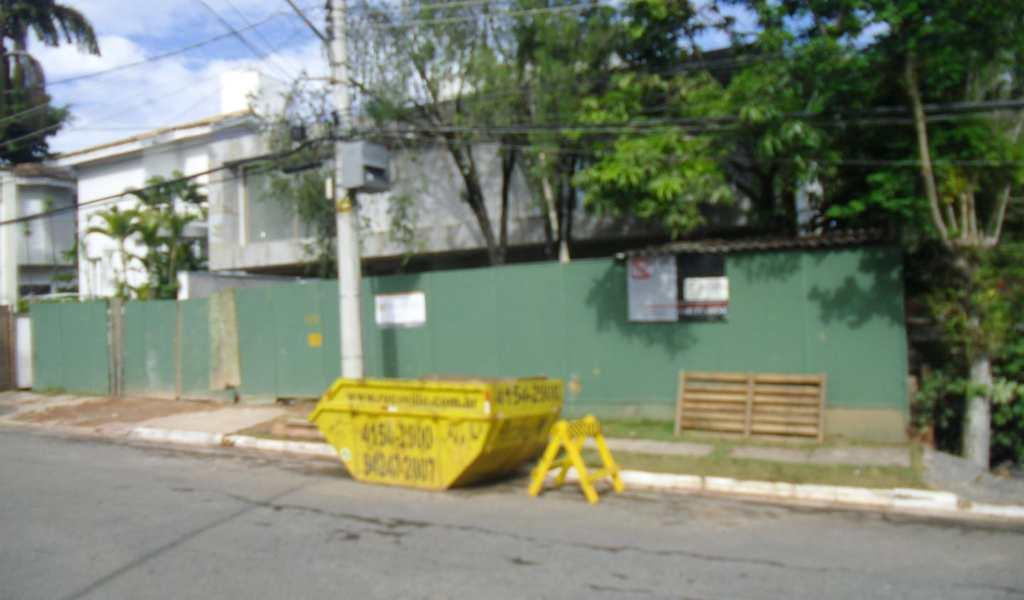 Casa de Condomínio em Barueri, bairro Alphaville Residencial Um