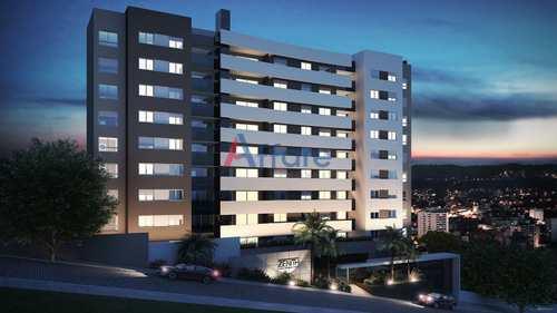 Apartamento, código 15 em Caxias do Sul, bairro Madureira