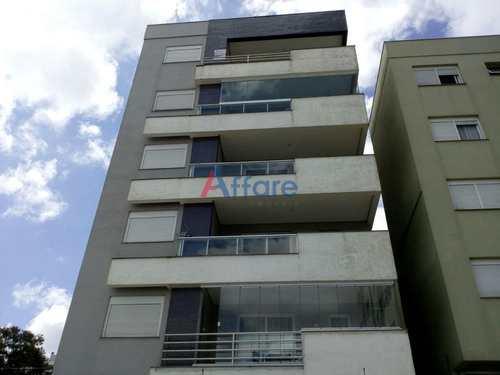 Apartamento, código 311 em Caxias do Sul, bairro Panazzolo