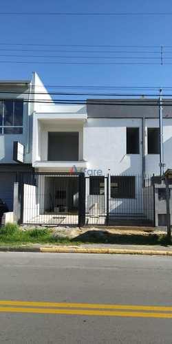 Sobrado, código 417 em Caxias do Sul, bairro São Caetano