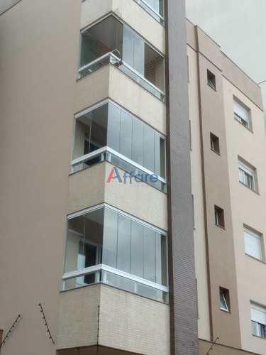 Apartamento, código 768 em Caxias do Sul, bairro Charqueadas