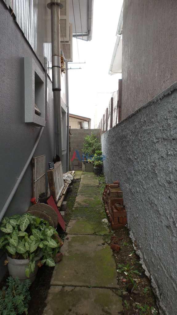 Casa em Caxias do Sul, no bairro Cidade Nova