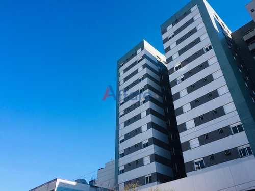 Apartamento, código 1163 em Caxias do Sul, bairro Centro