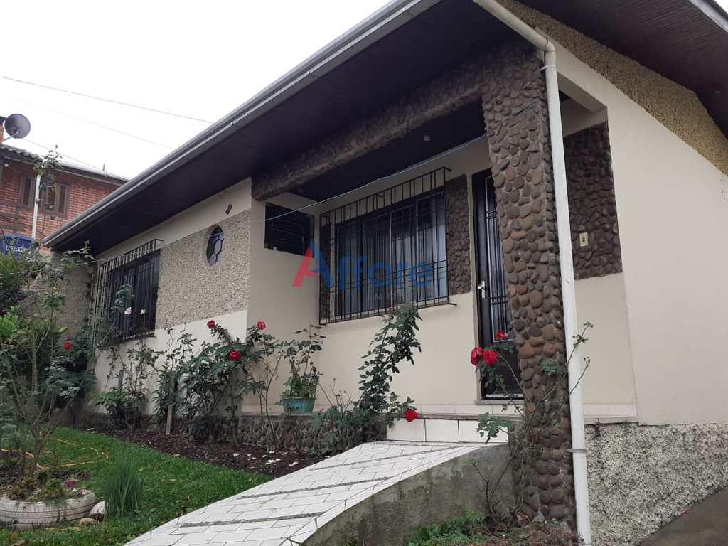 Casa em Caxias do Sul, no bairro Santa Fé