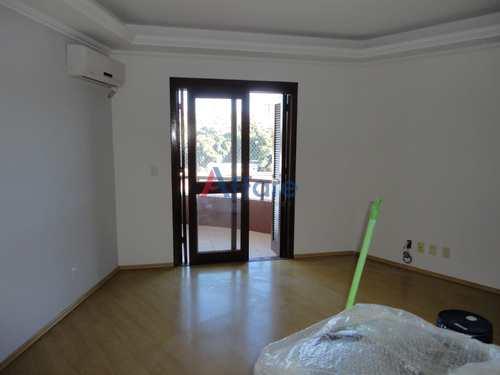 Apartamento, código 1357 em Caxias do Sul, bairro Universitário