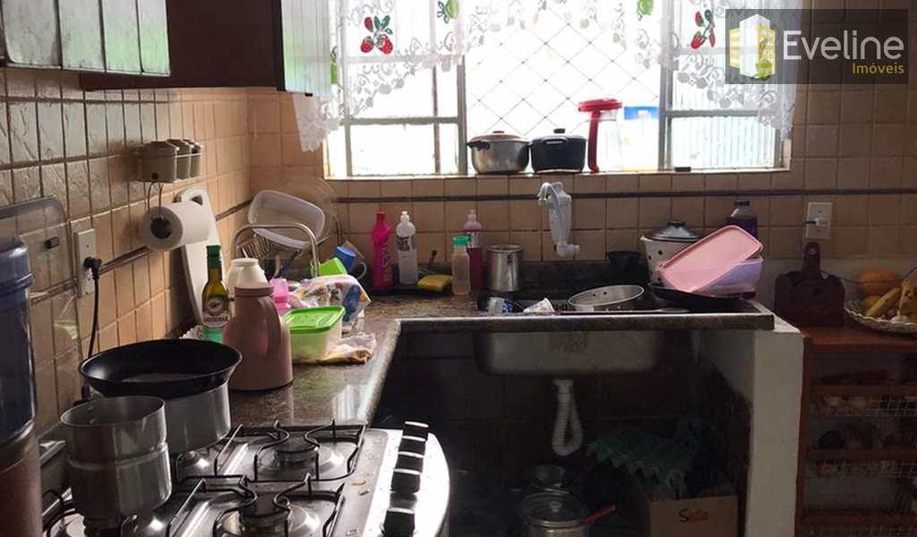 Casa em Mogi das Cruzes, bairro Conjunto Residencial Álvaro Bovolenta