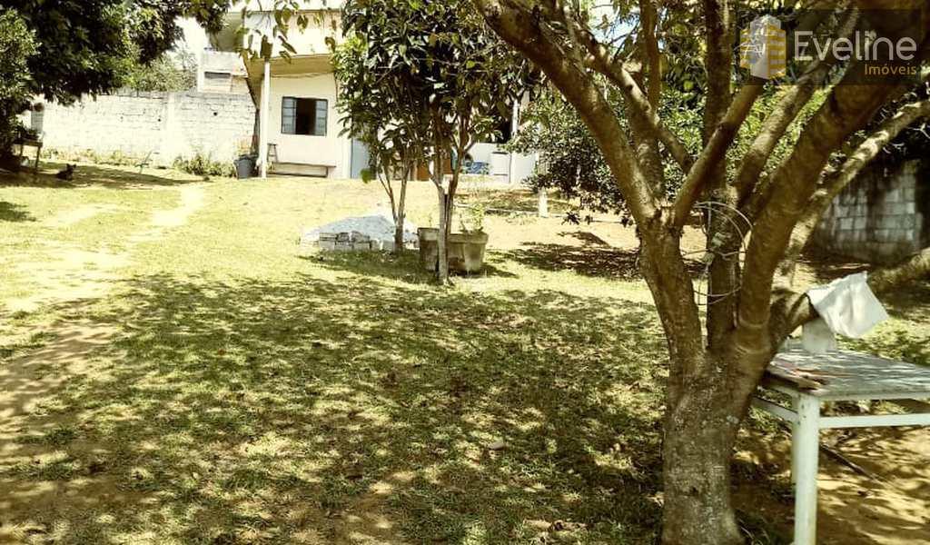 Chácara em Mogi das Cruzes, bairro Parque das Varinhas