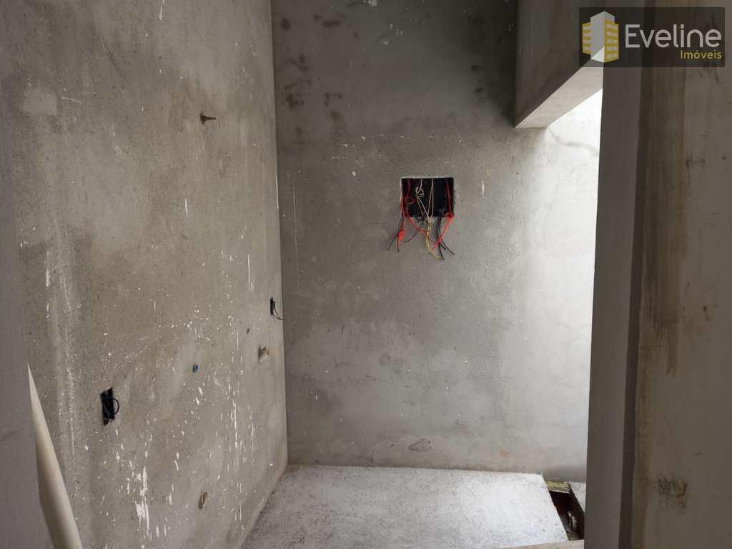 Casa de Condomínio em Mogi das Cruzes, no bairro Cézar de Souza