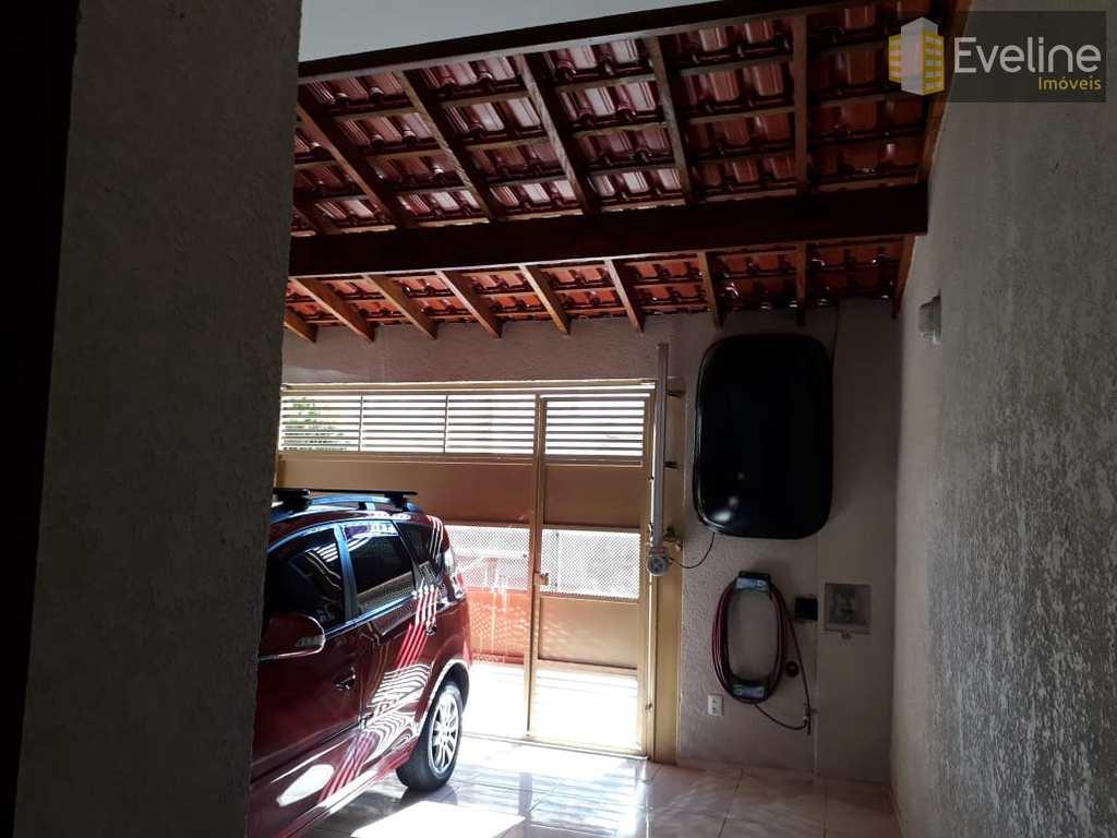 Casa em Mogi das Cruzes, no bairro Loteamento Alvorada