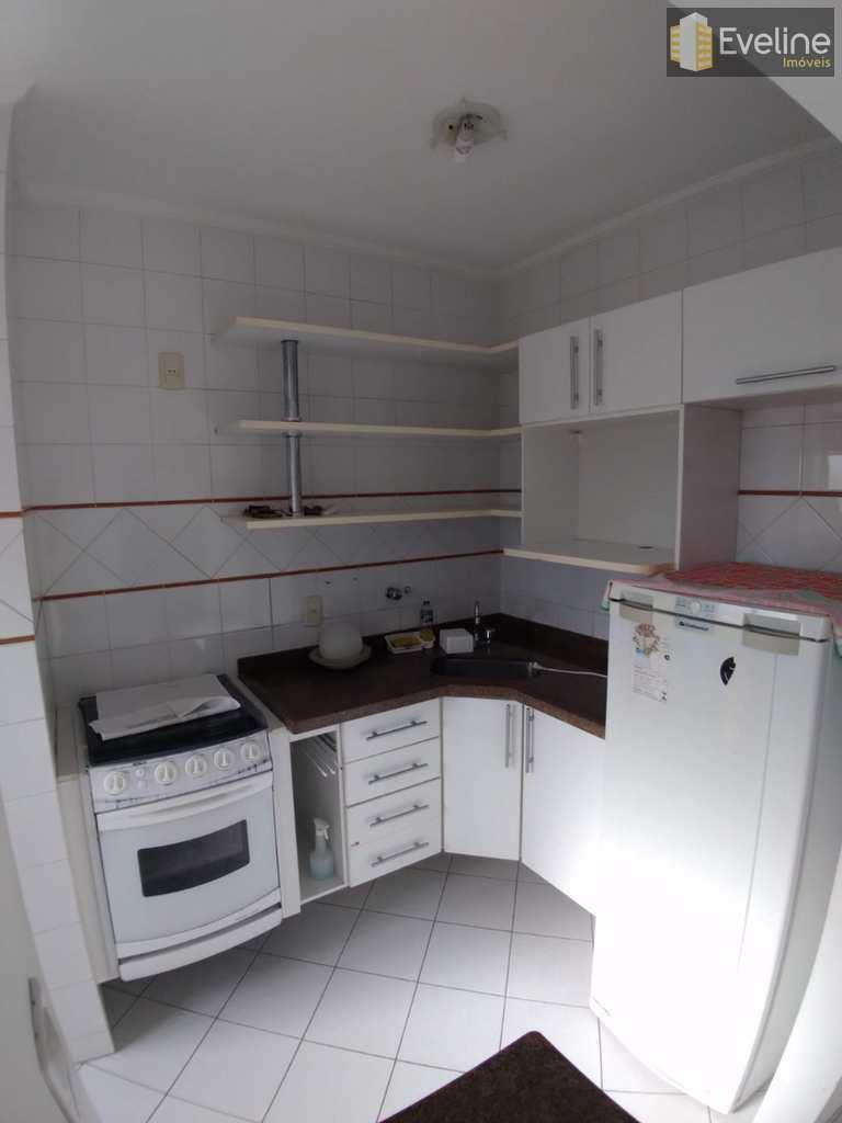 Flat em Mogi das Cruzes, no bairro Vila Oliveira
