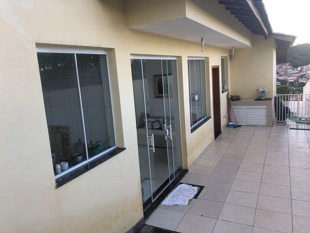 Casa em Piedade, no bairro Centro