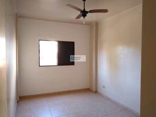 Apartamento, código 2254 em Praia Grande, bairro Caiçara
