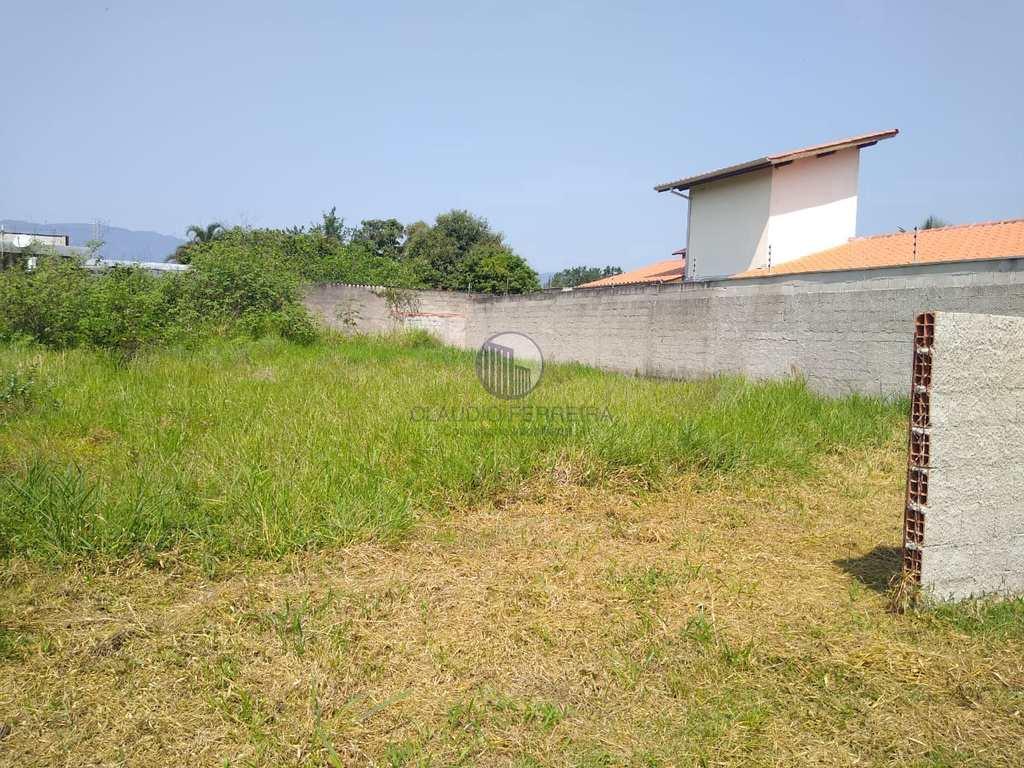 Terreno em Caraguatatuba, no bairro Barranco Alto