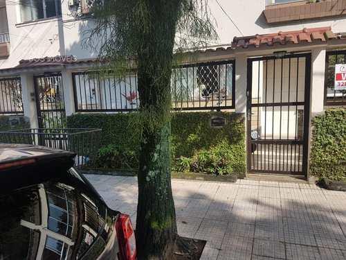 Apartamento, código 336 em Santos, bairro Embaré