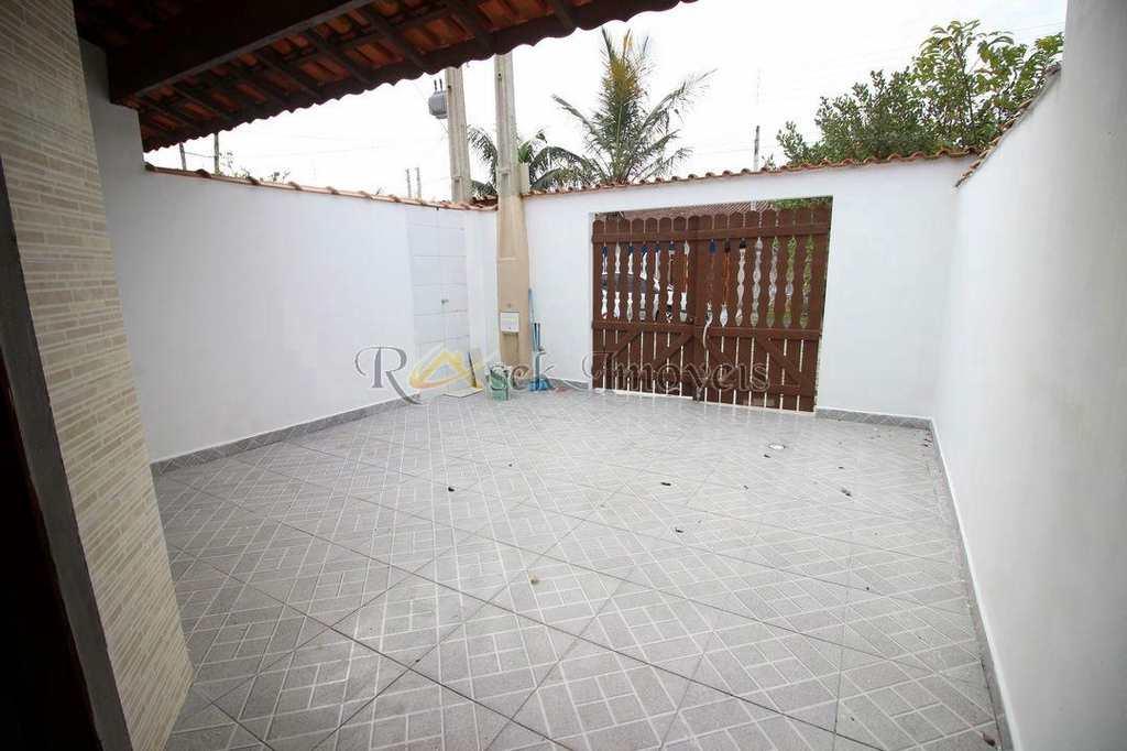 Casa em Itanhaém, no bairro Jardim Tropical