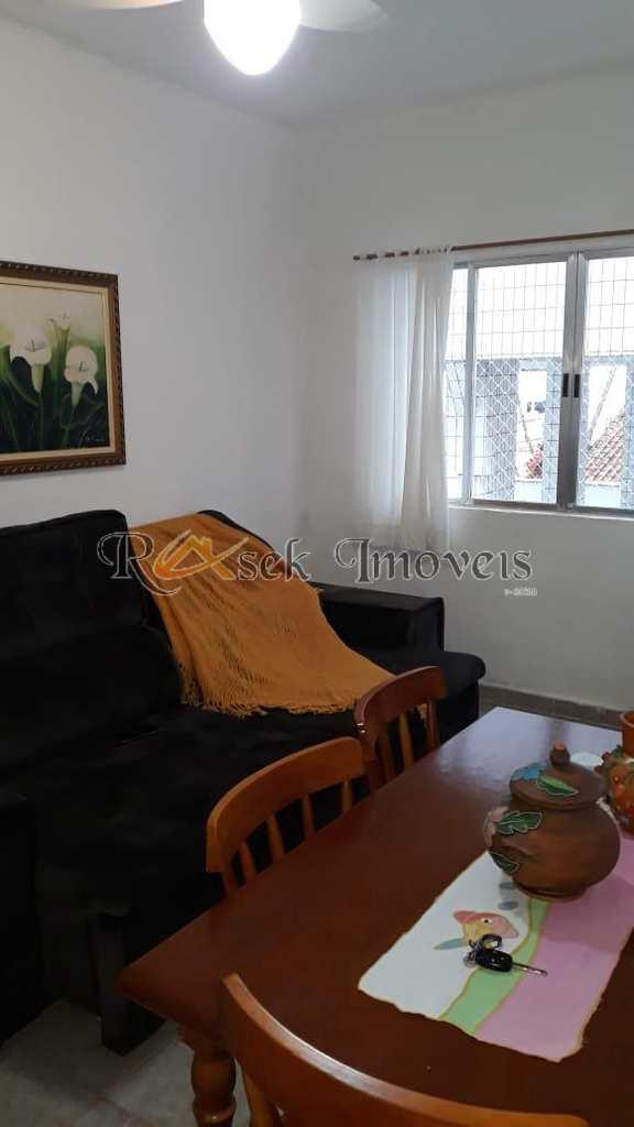 Apartamento em Mongaguá, no bairro Itaóca