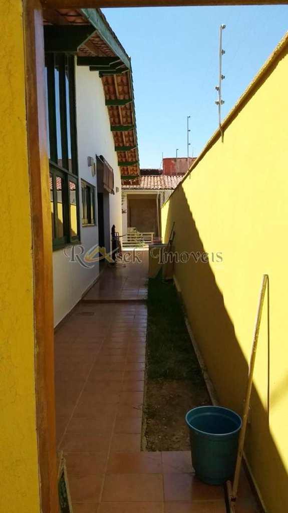 Casa em Itanhaém, no bairro Cibratel