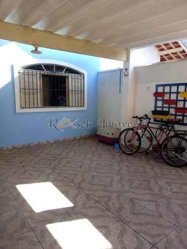Casa, código 496 em Itanhaém, bairro Jardim Satélite